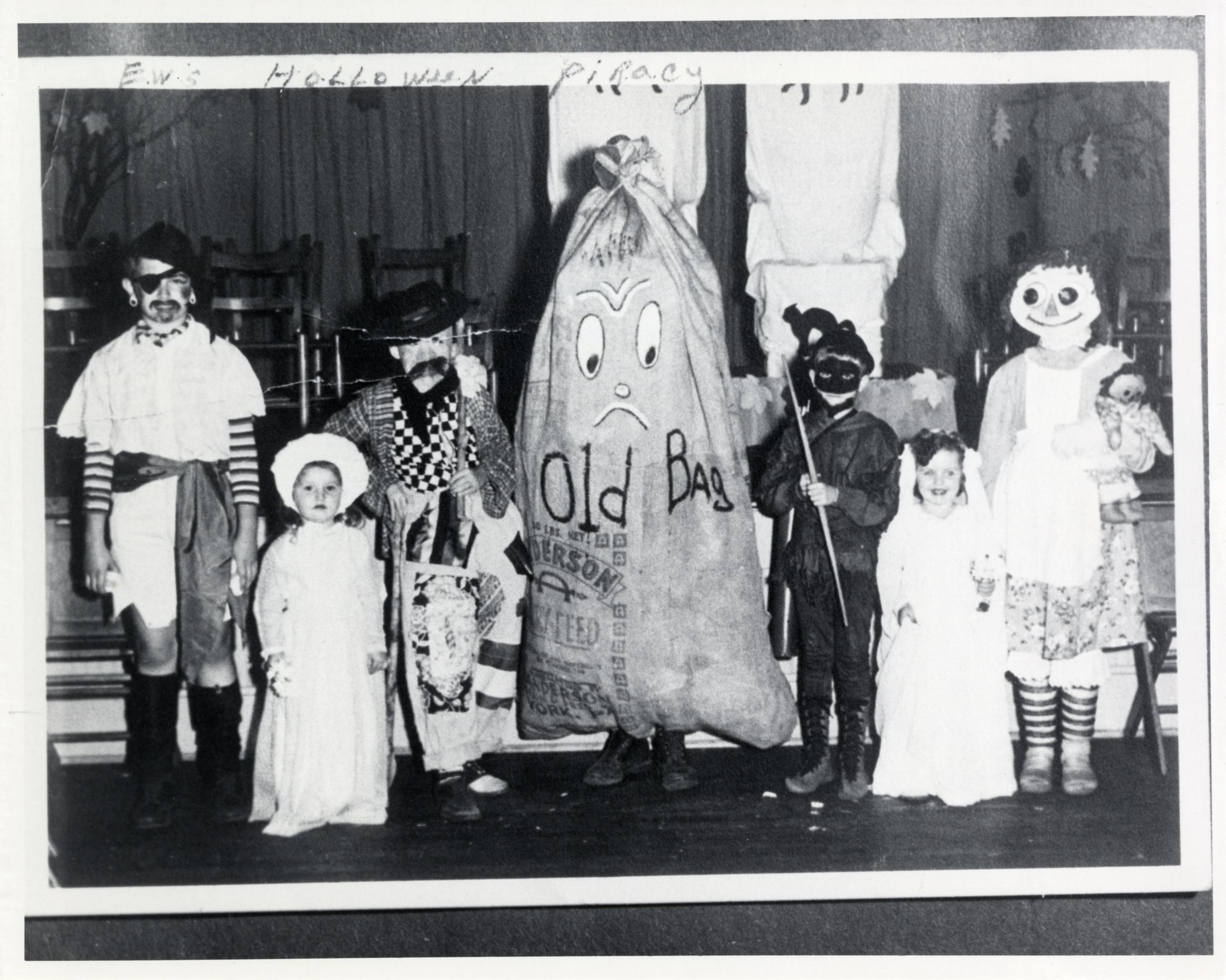 Holloween contest - Osbourne High School - 1947